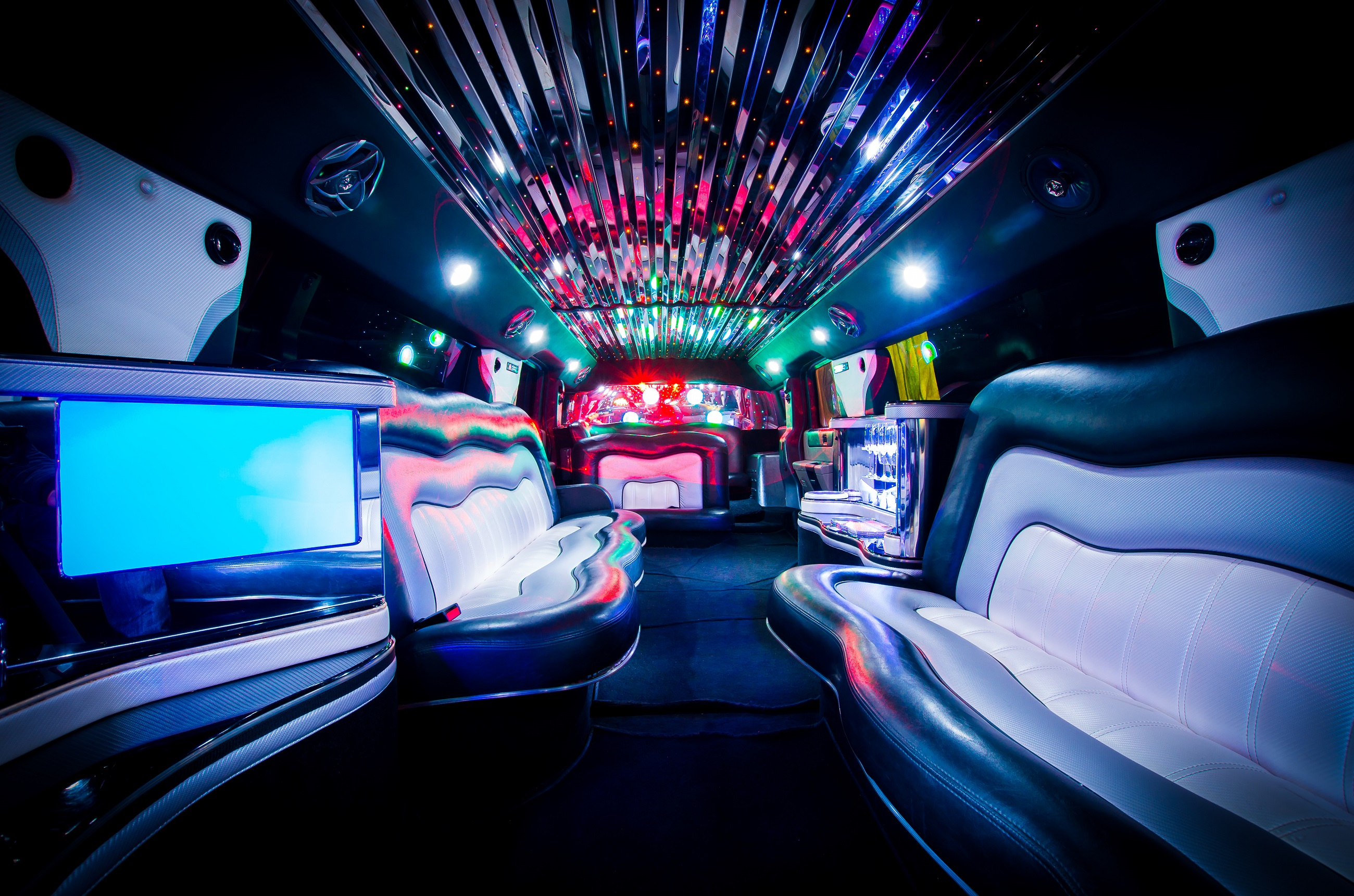 hummer stretchlimousine mieten in siegen stretch hummer verleih limo mieten limousine auto. Black Bedroom Furniture Sets. Home Design Ideas